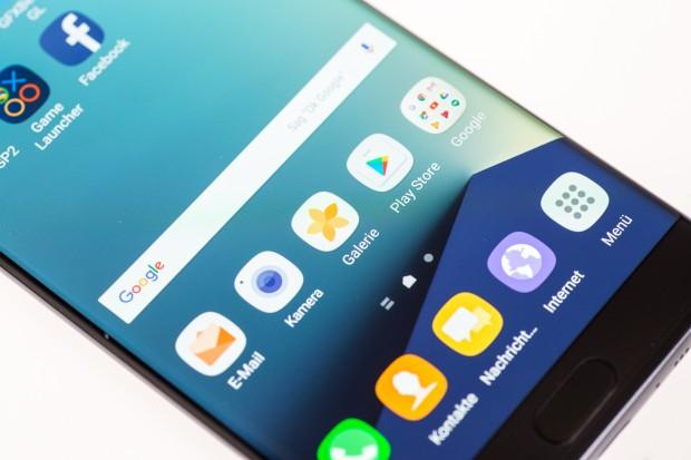 Das Design der Benutzeroberfläche hat Samsung weiter modernisiert. (Bild: Tobias Költzsch/Golem.de)