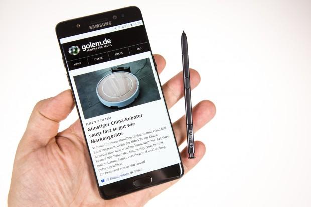 Das Galaxy Note 7 mit dem S Pen (Bild: Tobias Költzsch/Golem.de)