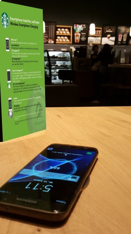 Wireless Charging bei Starbucks (Bild: Fluxport)