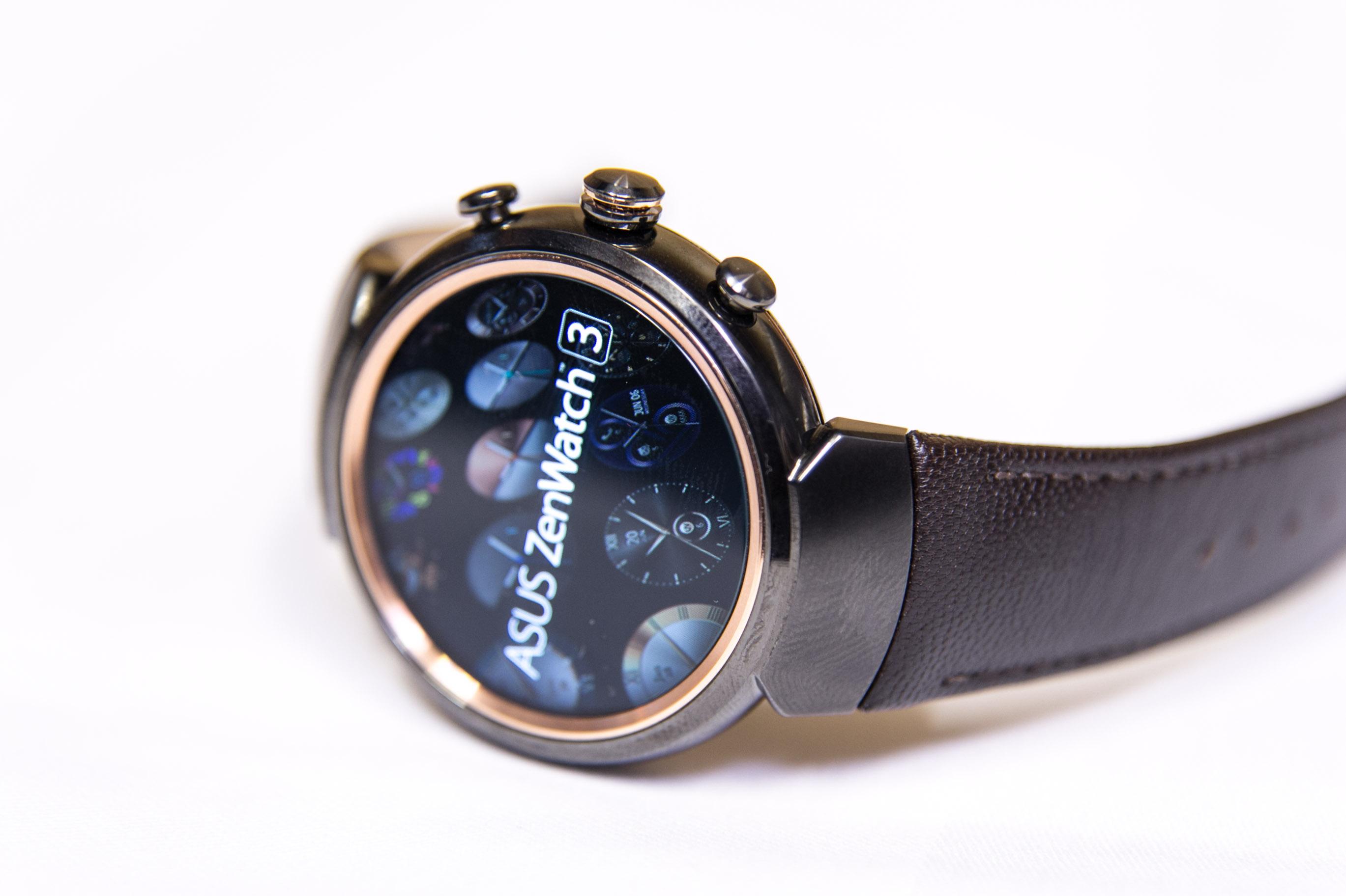Smartwatch: Asus' dünne Zenwatch 3 erscheint noch im Oktober - Asus' neue Smartwatch, die Zenwatch 3 (Bild: Martin Wolf/Golem.de)