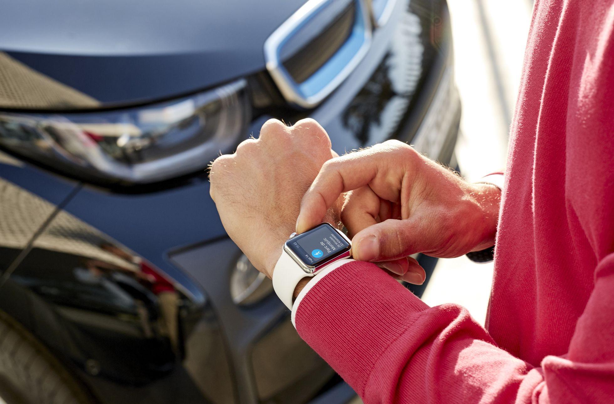 BMW Connected: Bei BMW fängt Fahren auf dem Smartphone an - BMW Connected geleitet den Fahrer vom Parkplatz zum Ziel. (Foto: BMW)