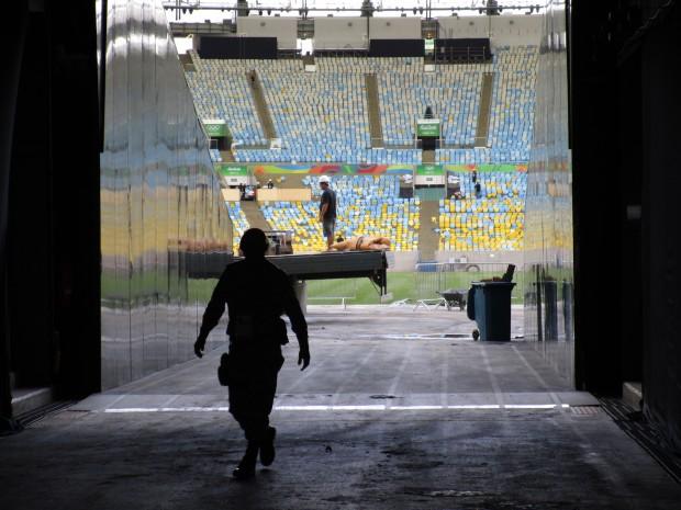 Durch diesen Zugang wird das Maracanã beliefert. (Bild: Felix Lill)