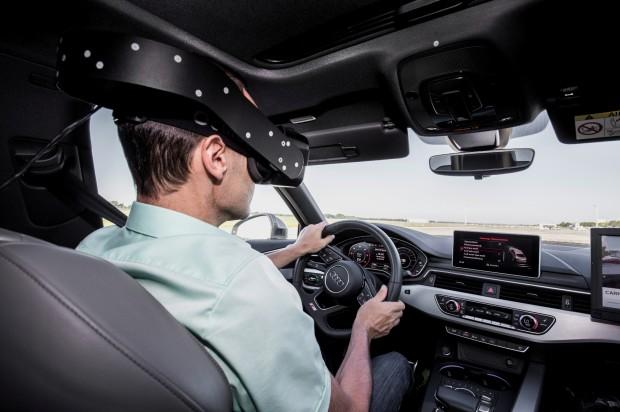 Audi nutzt die VR-Technik, um Fahrassistenzsysteme zu demonstrieren. (Foto: Audi AG)