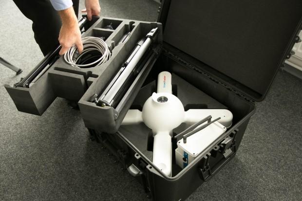 Ein Event-Kit des Dronetrackers bietet ein komplett autarkes, sofort einsatzbereites System, das zwölf Stunden lang genutzt werden kann. (Bild: Martin Wolf/Golem.de)