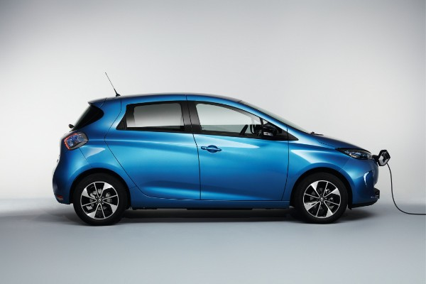 renault elektroauto zoe mit 41 kwh akku und 400 km. Black Bedroom Furniture Sets. Home Design Ideas