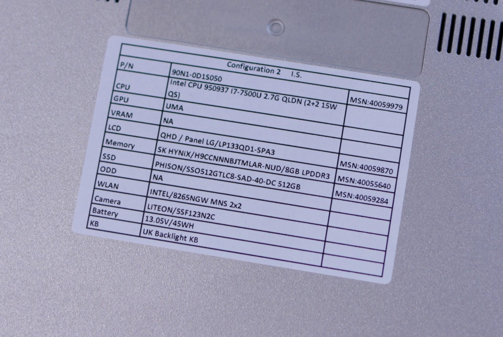 Medion Akoya S3409 ausprobiert: Ein edles Notebook soll es sein - Medion Akoya S3409 (Bild: Michael Wieczorek/Golem.de)