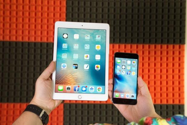 Das iPad Pro 9.7 und das iPhone 6S Plus mit iOS 10 (Bild: Martin Wolf/Golem.de)