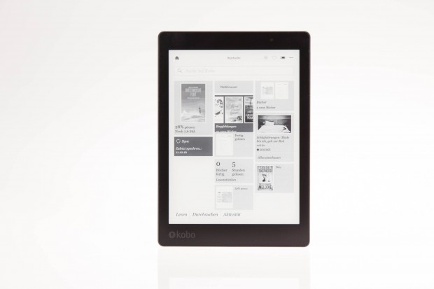 Kobos Aura One hat ein 7,8 Zoll großes E-Paper-Display. (Bild: Martin Wolf/Golem.de)