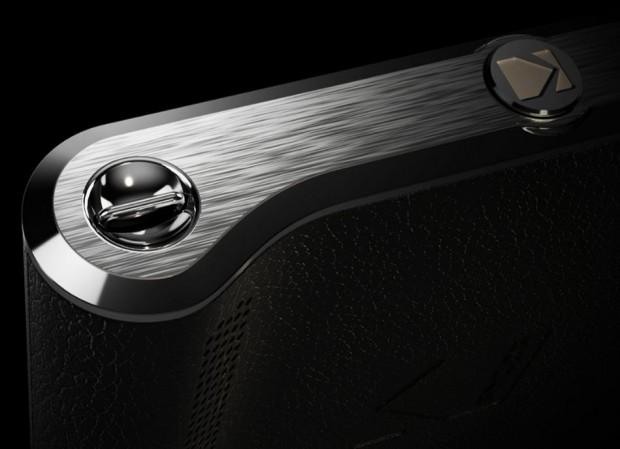 Das Ektra von Kodak hat einen speziell geschwungenen unteren Rand, der wie bei einer Kamera als Handgriff fungiert. (Screenshot: Golem.de)