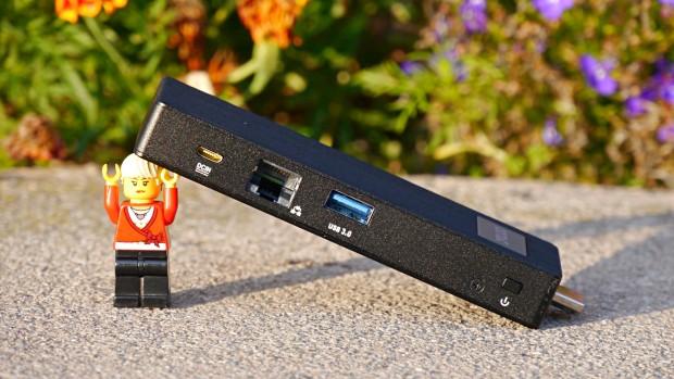 Statt eines zweiten USB-Ports gibt es Fast-Ethernet (Foto: Marc Sauter/Golem.de)