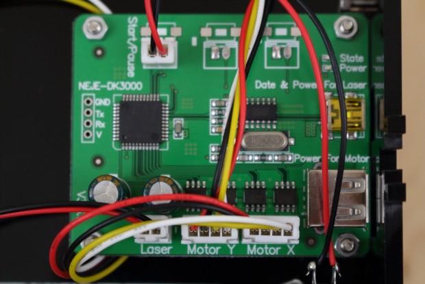 Die einzige Elektronikplatine ist sehr einfach und sauber gearbeitet. (Bild: Alexander Merz/Golem.de)
