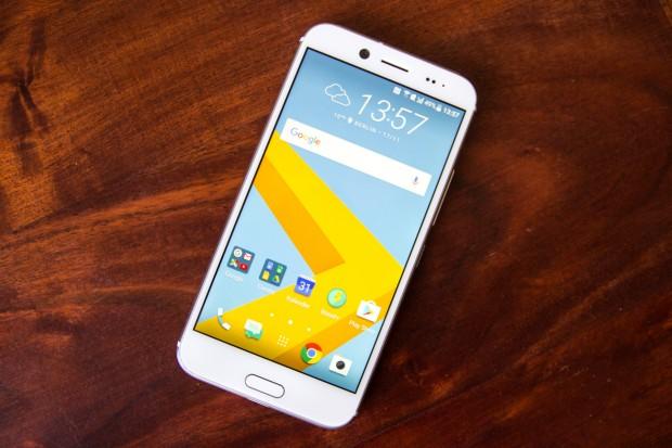 Das neue 10 Evo von HTC (Bild: Tobias Költzsch/Golem.de)
