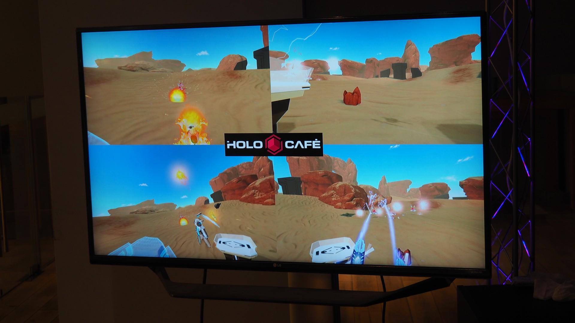 Holocafé: Cappuccino und VR für Vier, bitte! - In der auf Unity und Photon basierenden Holo Arena wehren vier Spieler gemeinsam auftauchende Gegnerwellen ab. (Quelle: Medienagentur Plassma)