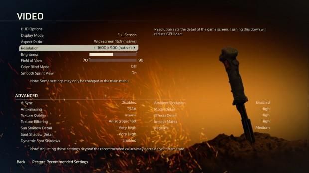 Mit 200 % Skalierung erkennt Titanfall nur 1.600 x 900 Pixel als native Auflösung. (Screenshot: Marc Sauter/Golem.de)