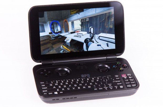 Auf dem GPD Win laufen ältere PC-Spiele wie Portal problemlos. (Foto: Martin Wolf/Golem.de)