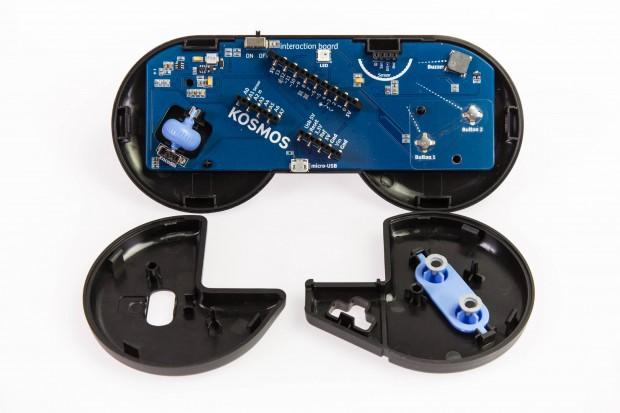 Das Sensorboard im Gamepad-Gehäuse (Bild: Martin Wolf/Golem.de)