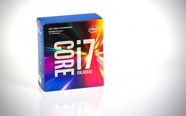 Der Core i7-7700K in seiner neuen Verpackung (Foto: Marc Sauter/Golem.de)