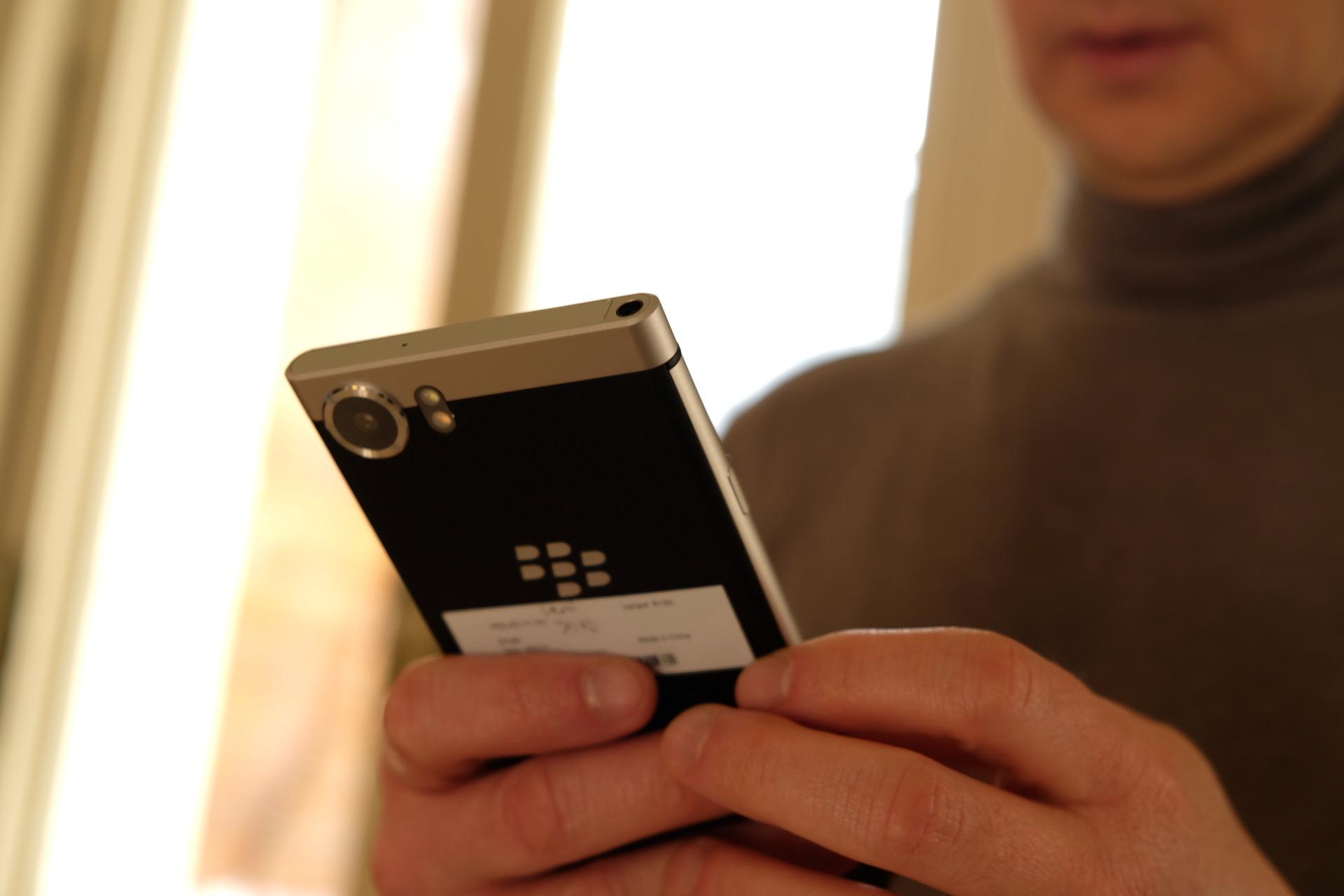 Blackberry Keyone im Hands on: Android-Smartphone mit toller Hardware-Tastatur - Blackberry Key One (Foto: Michael Wieczorek/Golem.de)