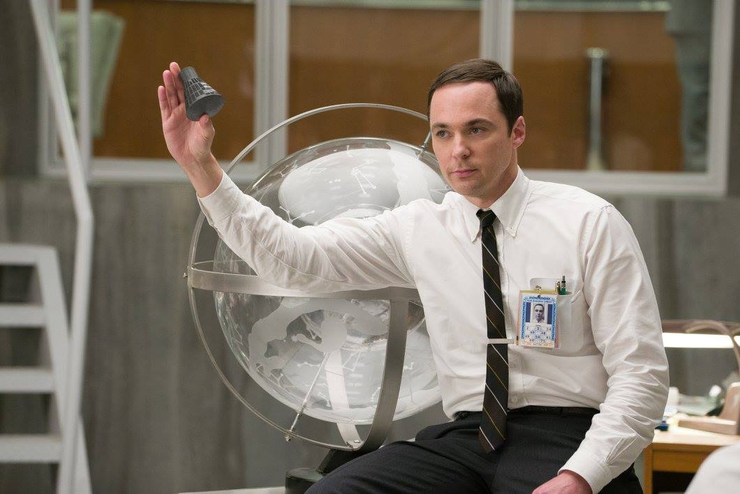 Filmkritik Hidden Figures: Verneigung vor den Computern in Röcken - Paul Stafford erinnert nicht nur wegen Darsteller Jim Parsons an Sheldon Cooper aus The Big Bang Theory.  (Bild: 20th Century Fox)