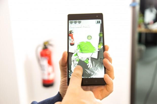 Das Phab 2 Pro von Lenovo (Bild: Martin Wolf/Golem.de)
