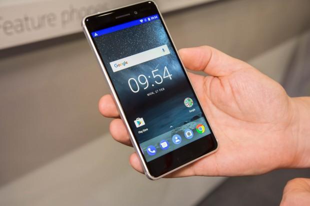 Das neue Nokia 6 von HMD Global (Bild: Martin Wolf/Golem.de)