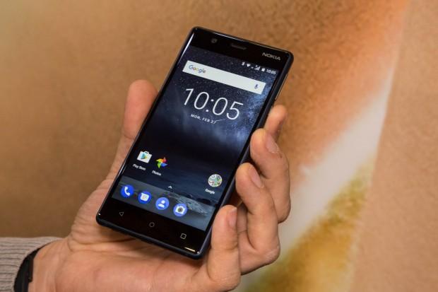 Das Nokia 3 ist das am schwächsten ausgestattete neue Nokia-Smartphone. (Bild: Martin Wolf/Golem.de)
