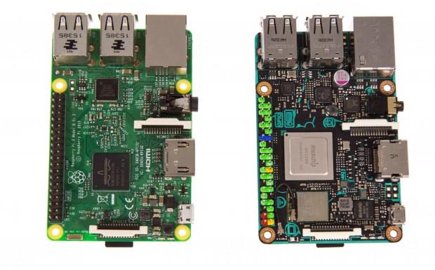 Bei den Anschlüssen und den Abmaßen unterscheiden sich der Raspberry Pi 3 und das Asus Tinker Board nicht. (Bild: Martin Wolf/Golem.de)