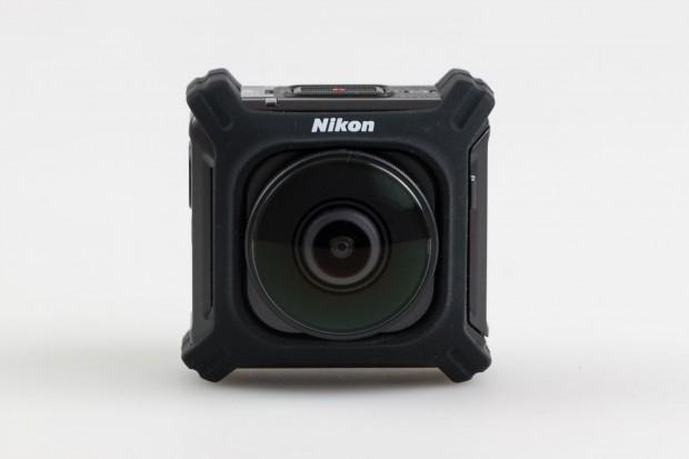 Die Nikon Key Mission 360 ... (Foto: Werner Pluta/Golem.de)