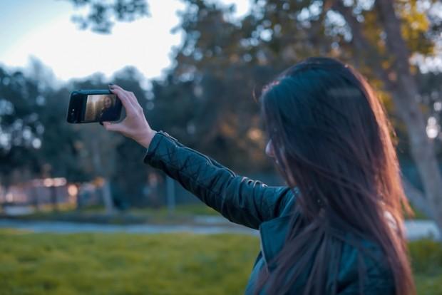 Das Eye-Display kann für Selbstportraits genutzt werden. (Bild: Esti)