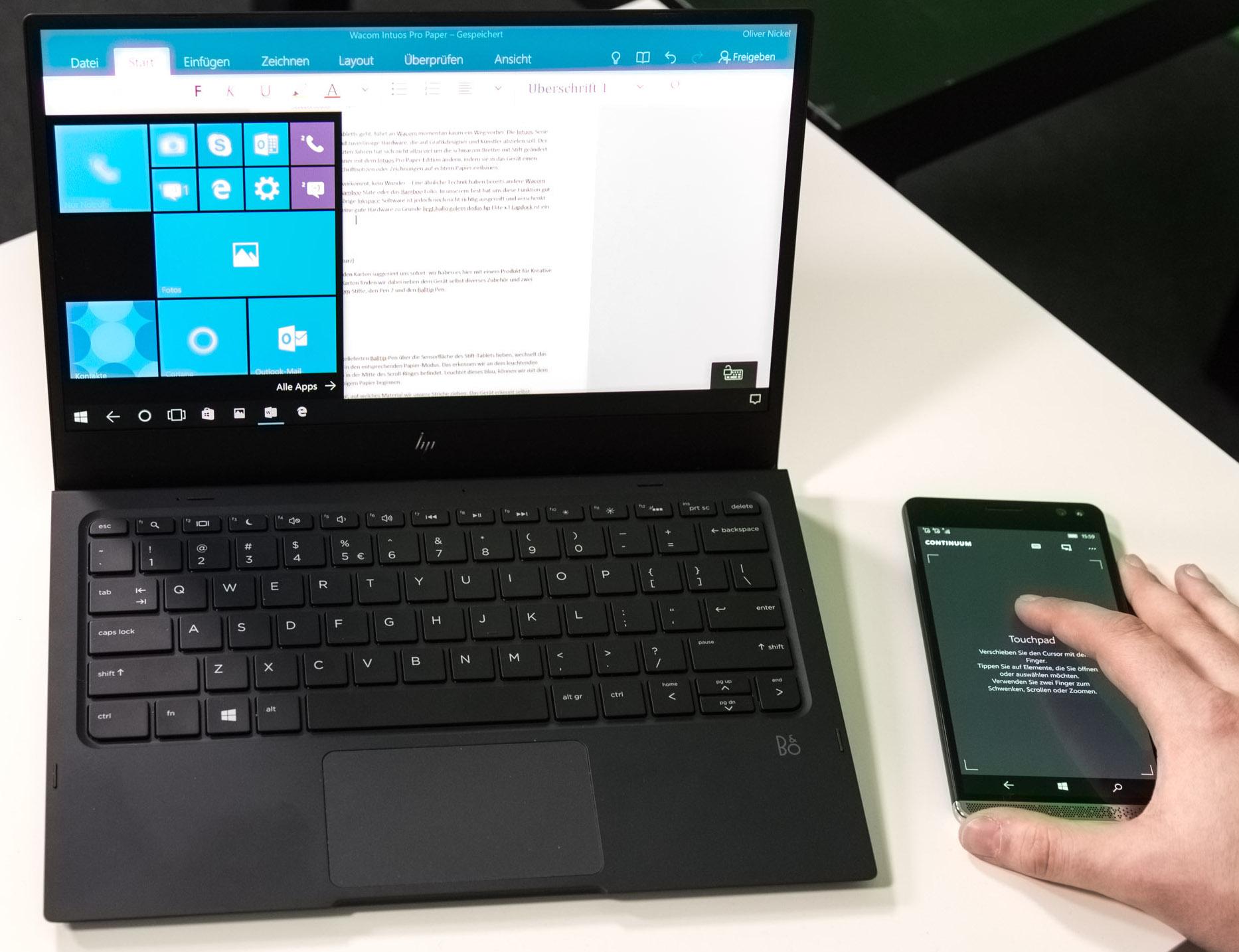 HP Lapdock im Test: Außen ein Notebook, innen ein Kompromiss - Wir steuern das Lapdock kabellos mit dem Telefon. (Bild: Martin Wolf/Golem.de)