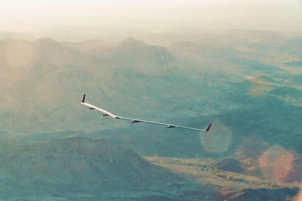Stratosphärengleiter wie Facebooks Aquila sollen als fliegende Kommunikationsstationen eingesetzt werden. (Foto: Facebook)