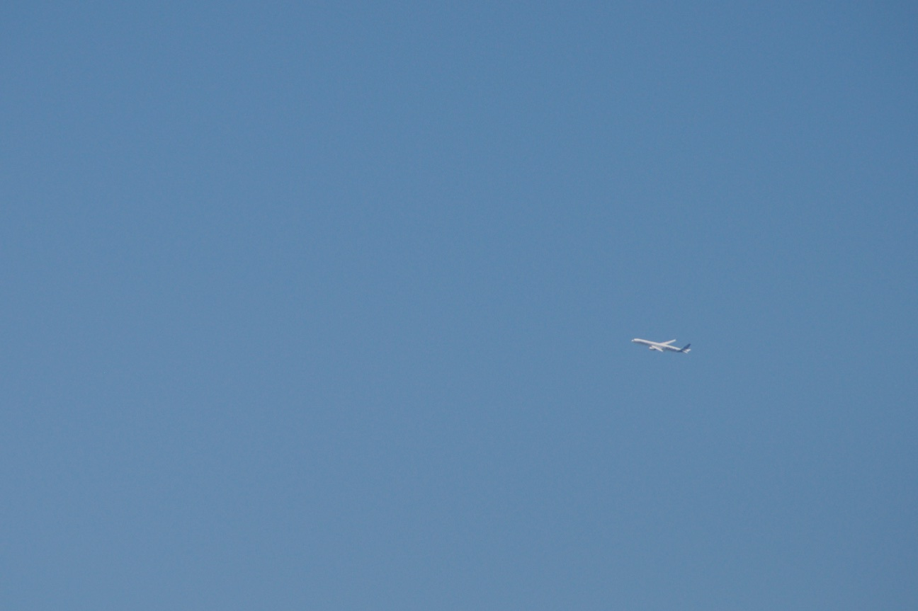 Airbus A350-1000XWB: Ein Blick ins Innere eines Testflugzeugs - Hier ist die Maschine schon so weit, dass wir eine 200-mm-Linse brauchten (APS-C). (Foto: Andreas Sebayang)