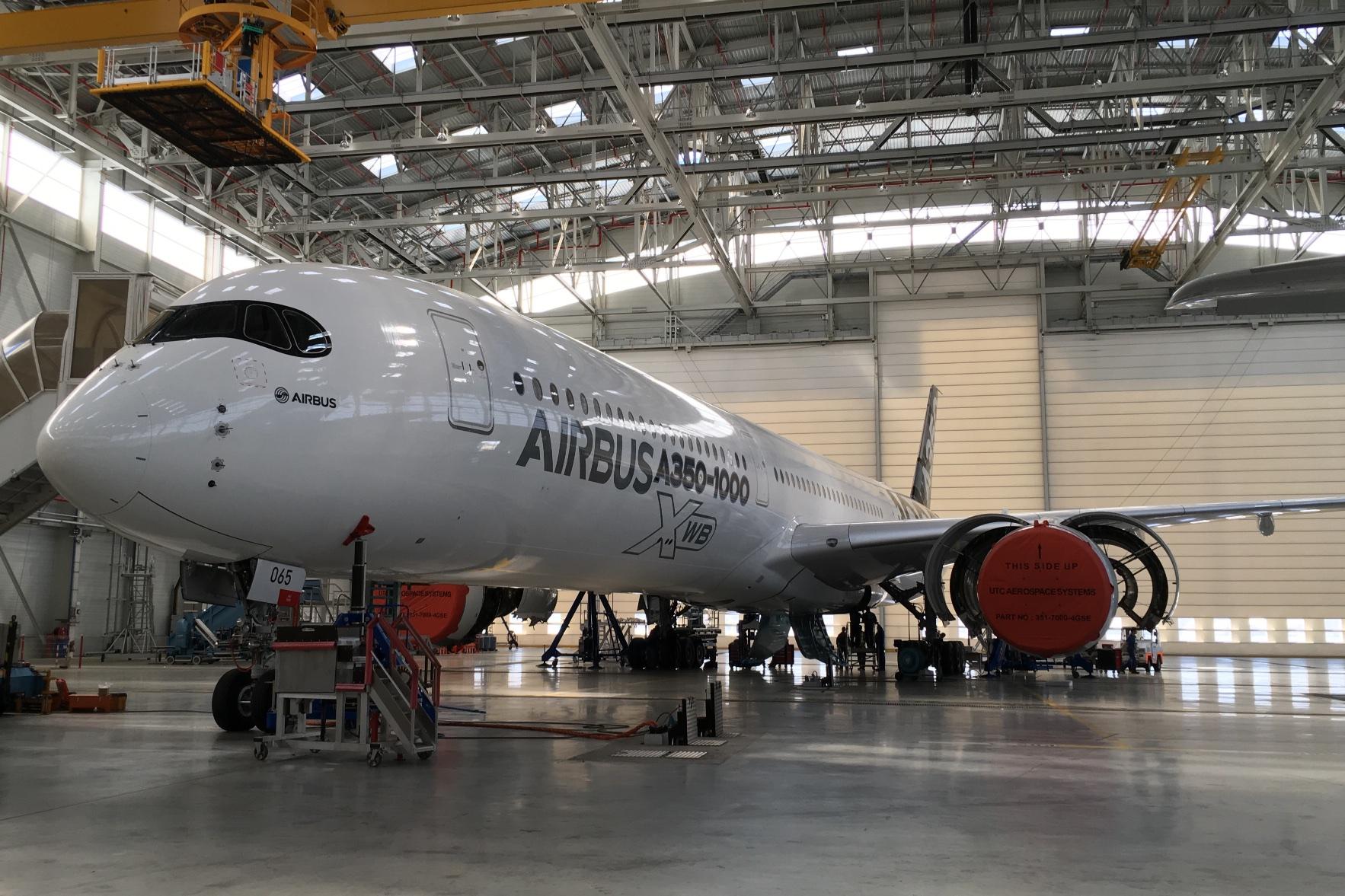 Airbus A350-1000XWB: Ein Blick ins Innere eines Testflugzeugs - Die Maschine sieht fertig aus. Hier zu sehen ist Nummer 3. (Foto: Andreas Sebayang)