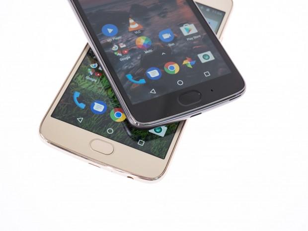 Beide Moto-G5-Modelle haben einen schnell reagierenden Fingerabdrucksensor. (Bild: Martin Wolf/Golem.de)