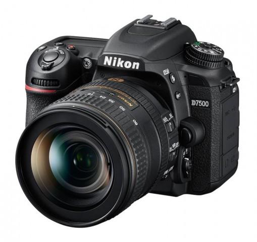 Nikon D7500 (Bild: Nikon)
