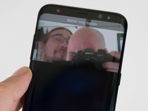 Die Samsung-Modelle haben die Iris- Entsperrung des Galaxy Note 7 eingebaut. (Bild: Martin Wolf/Golem.de)