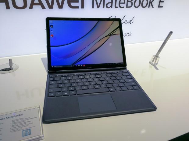 Ebenfalls vorgestellt hat Huawei das Matebook E, ein neues 2-in-1-Gerät. (Bild: Tobias Költzsch/Golem.de)