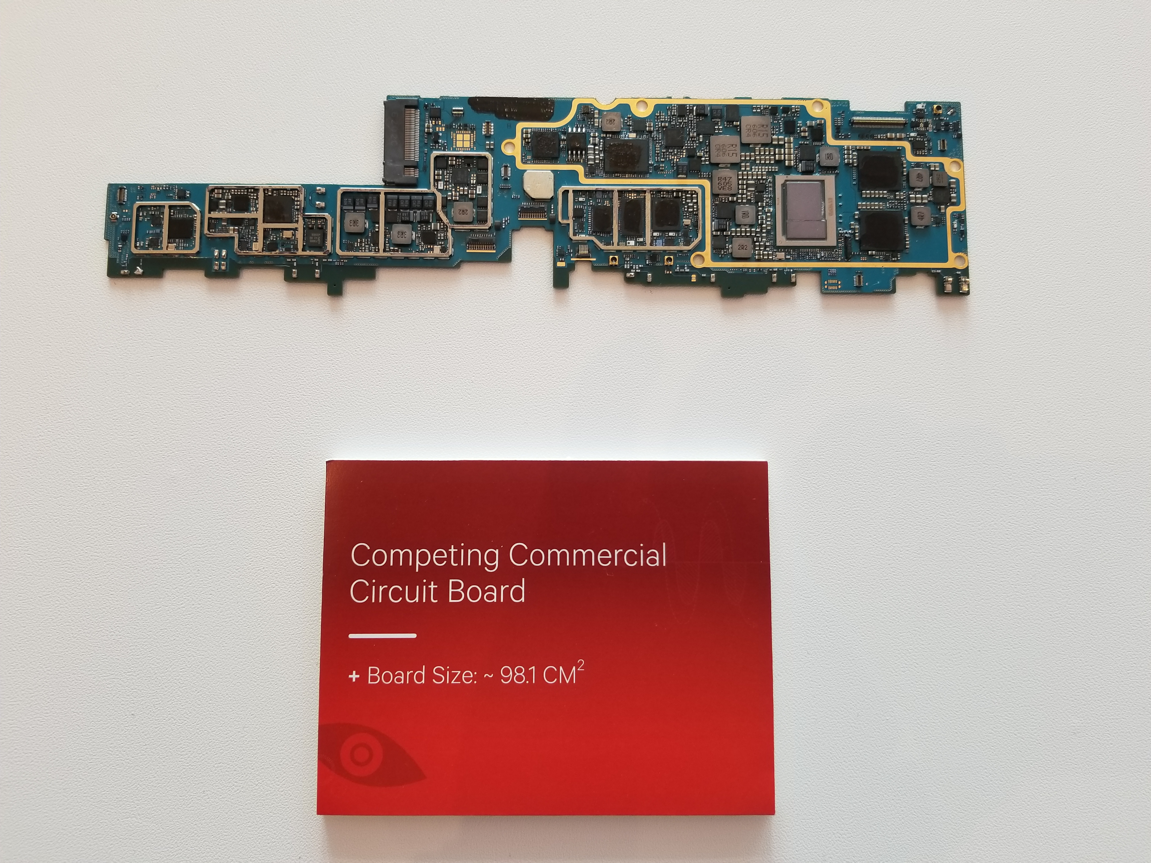 Always Connected PC: Windows 10 on ARM soll Intels x86-Ultrabooks übertreffen - Platine mit Intels Y-Plattform (Foto: Qualcomm)