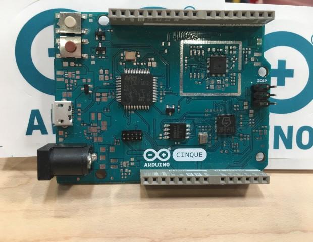 Arduino Cinque (Foto: Arduino)