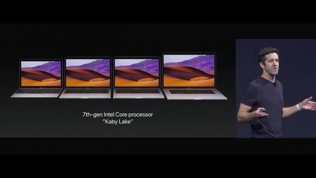 Präsentation der überarbeiteten Macbooks (Bild: Apple/Screenshot: Golem.de)