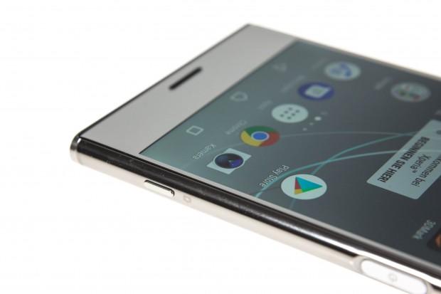 Xperia XZ Premium hat ein Display mit sehr hoher Auflösung. (Bild: Martin Wolf/Golem.de)