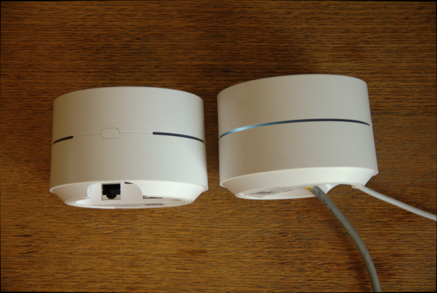 Jeder Node hat zwei LAN-Buchsen und ein USB-3-Stecker für die Stromversorgung. (Google/Foto: Golem.de)