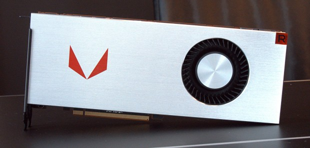 Radeon RX Vega 64 Air Cooled Limited Edition (Foto: Marc Sauter/Golem.de)