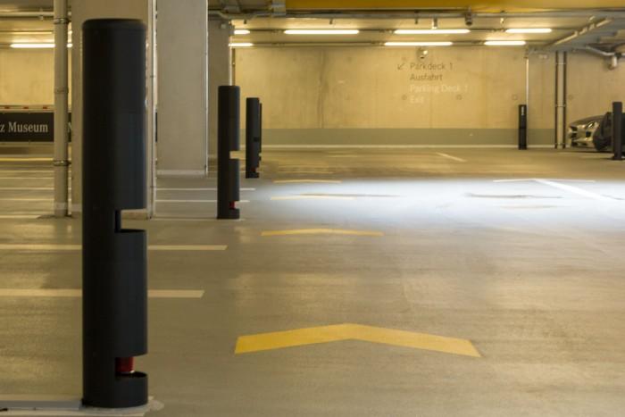 Für das automatisierte Parken hat Bosch das Parkhaus des Mercedesmuseums mit Lidar-Sensoren ausgestattet (Foto: Werner Pluta/Golem.de)