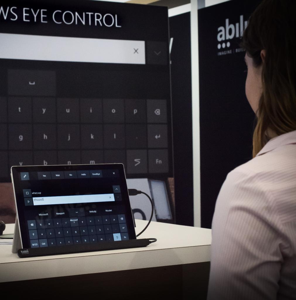Microsoft: Windows 10 mit Augenbewegungen bedienen - Eye Control wurde auf dem Hackathon 2017 gezeigt. (Bild: Microsoft)