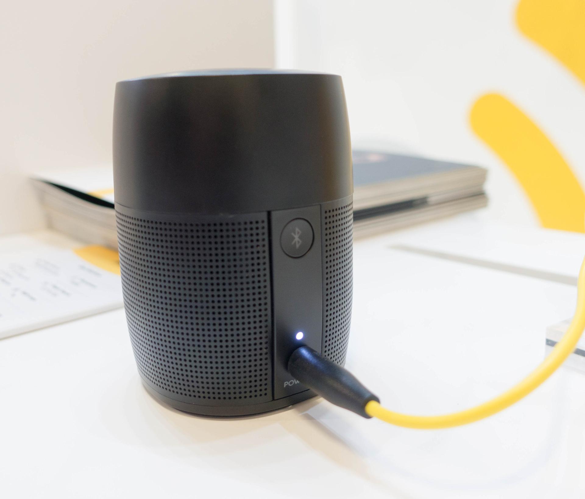 Alexa und Google Assistant: Der Wettkampf smarter Lautsprecher verändert sich - Zolo Mojo (Bild: Ingo Pakalski/Golem.de)