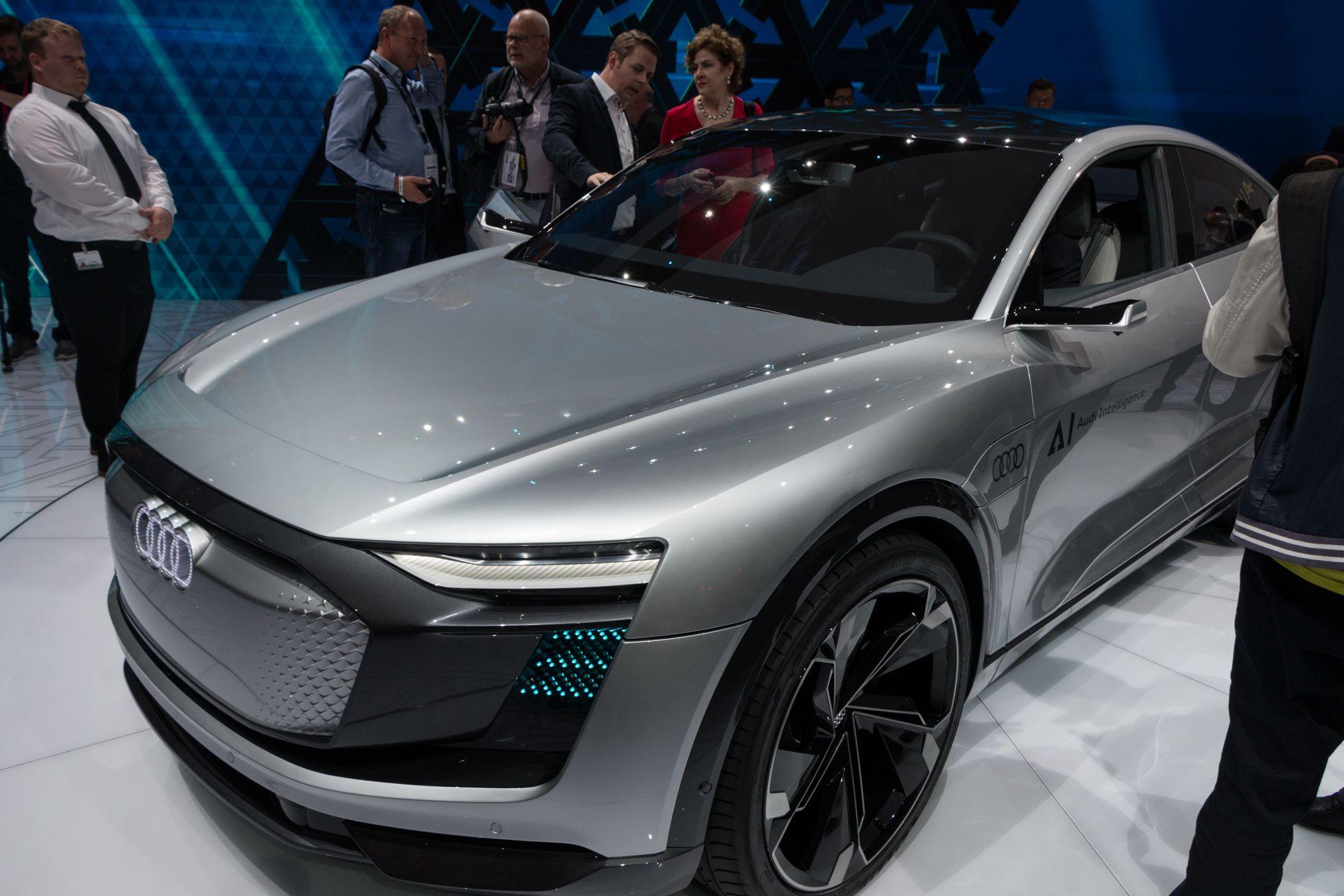 Autonomes Fahren: Audi stellt Konzepte für das fahrerlose Auto vor - Elaine ist ein Elektroauto, das Anfang der 2020er-Jahre serienreif sein  soll. (Foto: Werner Pluta/Golem.de)