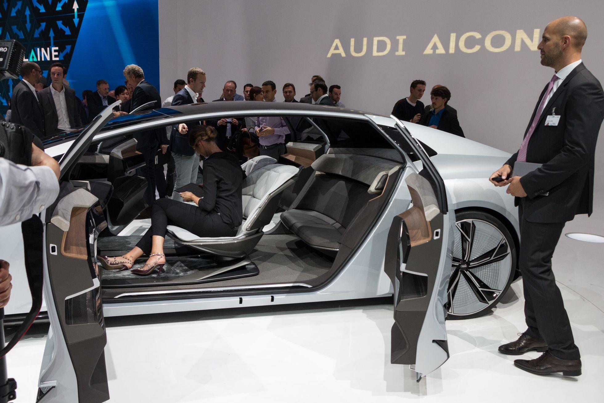 Autonomes Fahren: Audi stellt Konzepte für das fahrerlose Auto vor -
