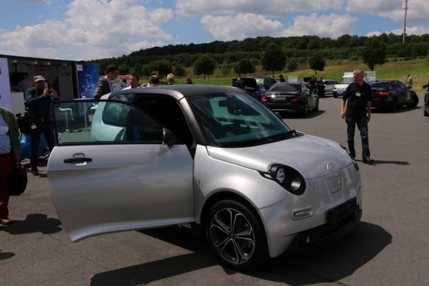 Der Kleinwagen e.Go aus Aachen soll im kommenden Jahr erhältlich sein. (Foto: Friedhelm Greis)