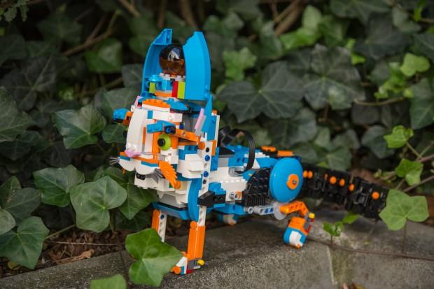Lego-Boost-Katze in freier Wildbahn (Bild: Martin Wolf/Golem.de)